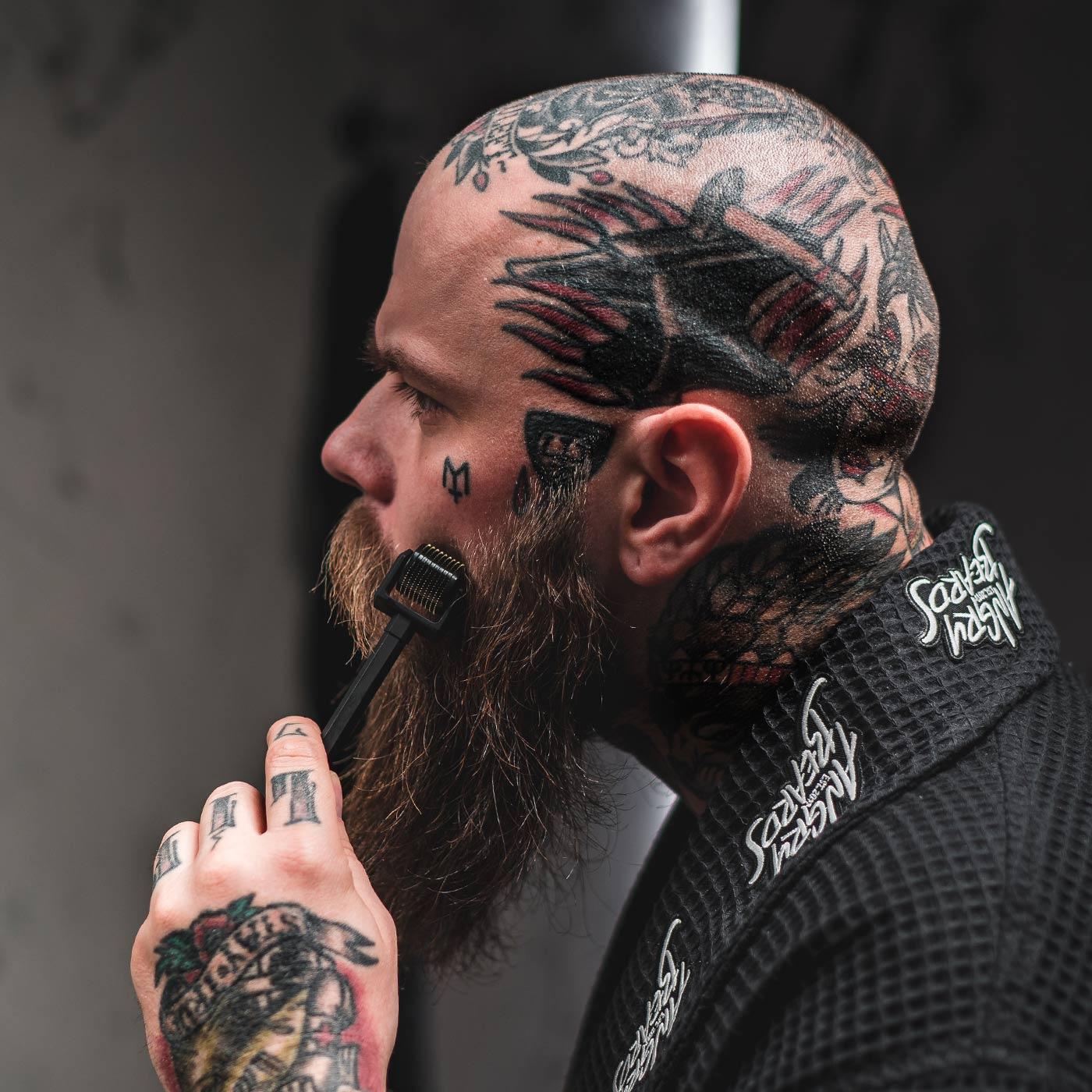 Angry Beards Beard Roller - nářadí pro růst vousů